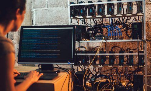 Kopalnia kryptowalut potrzebuje oprogramowania